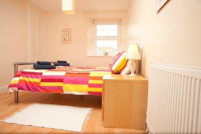 Bithecutt Cottage double bedroom