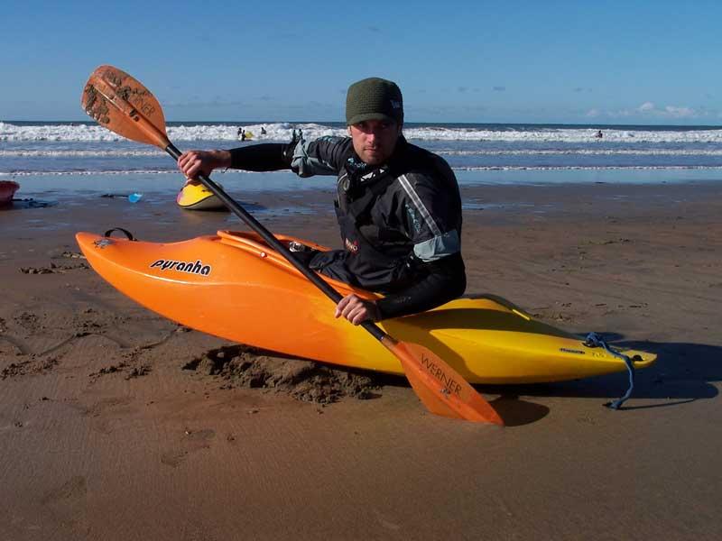 Kayaking-Beach-with-Shoreline-Extreme-Sports