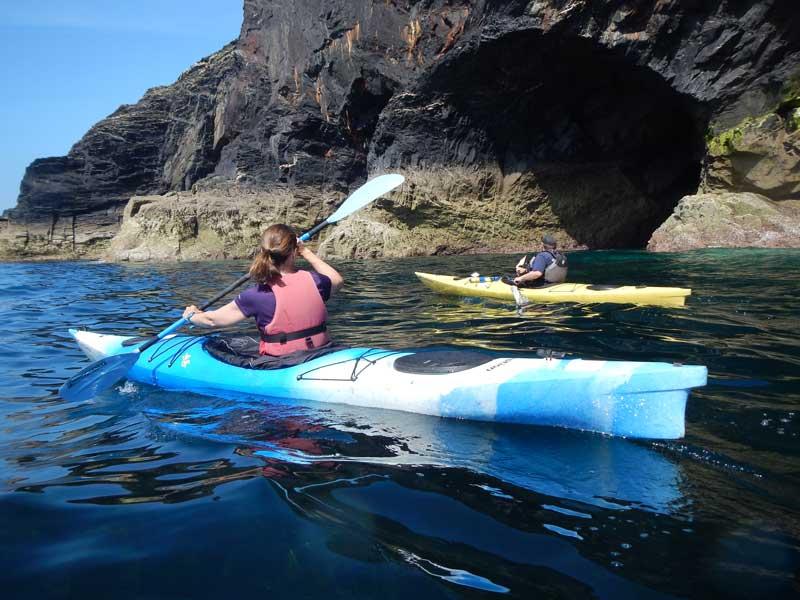 Sea-Kayaking-with-Shoreline-Extreme-Sports