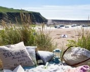 beach-picnic-header-image-Bude-TIC--334