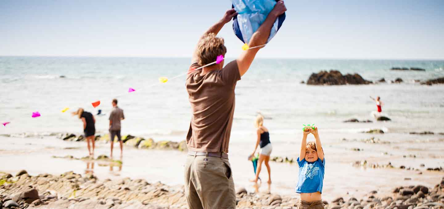 Flying a kite on Bude beach
