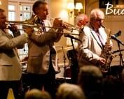 Bude Jazz indoor band stage -236