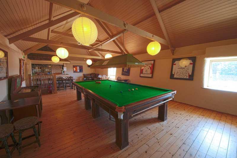 General Broomhill Manor Image bar and snooker hall