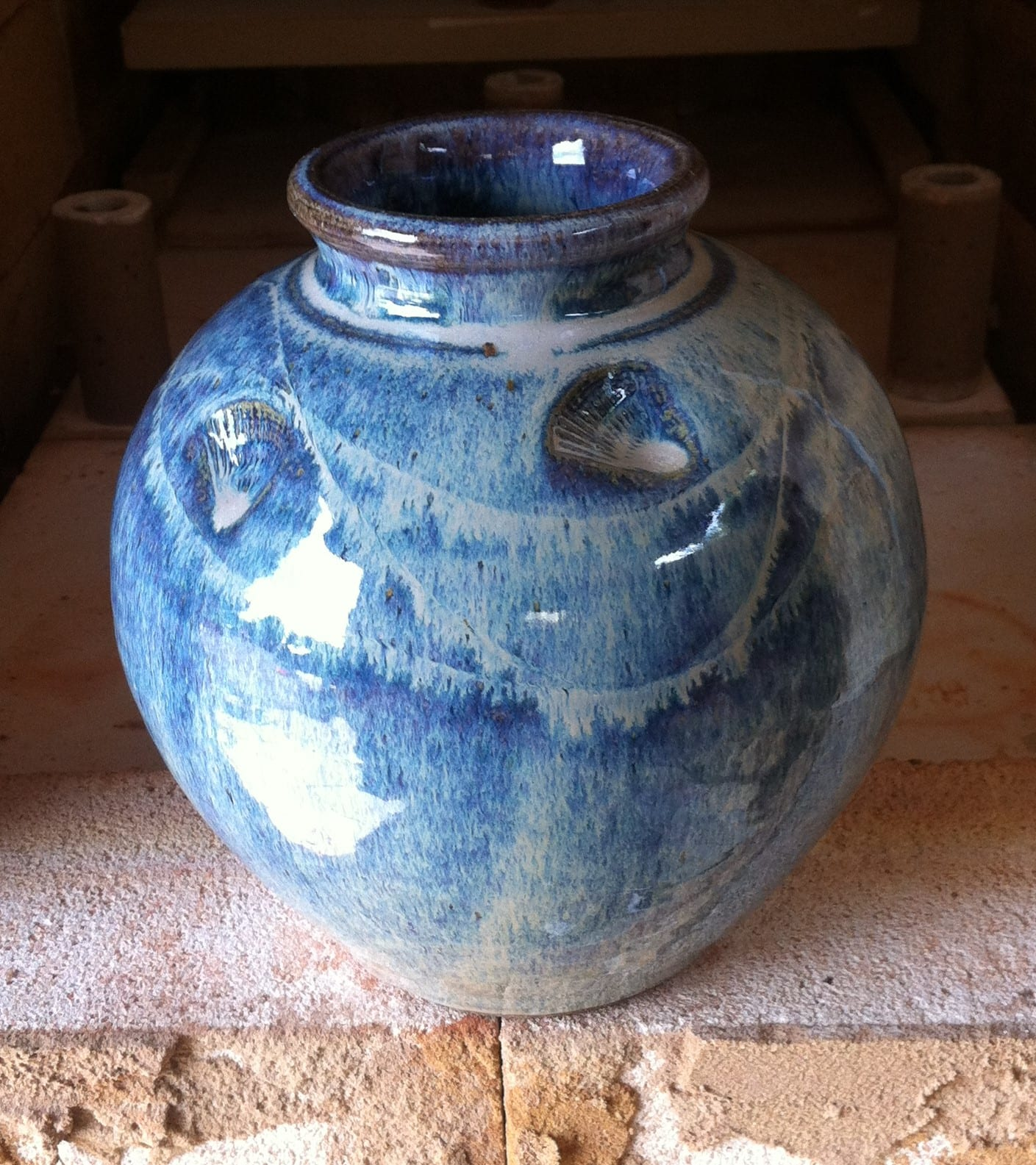 Welcombe pottery shell vase